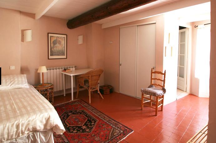 huis kopen in Provençaals dorp met tuin en dakterras rustig gelegen