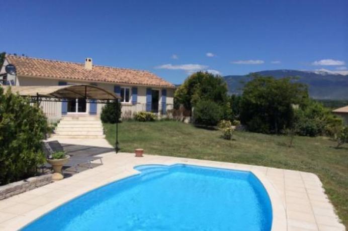 location saisonnière provence vaucluse mont ventoux luberon villa 8 personnes  région Mont Ventoux, piscine chauffée