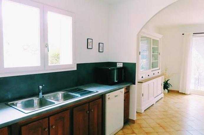 villa de haute gamme, location saisonnière, gîte d efRnce, Provence, vue sur le Mont Ventoux