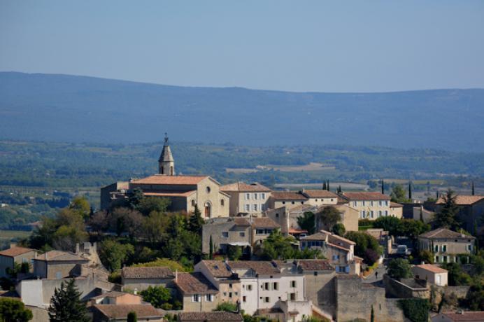 mooie villa huren in de Provence aan de voet van de Ventoux