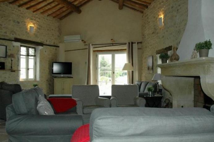 rent a luxury vacation villa, Provence, Mont Ventoux