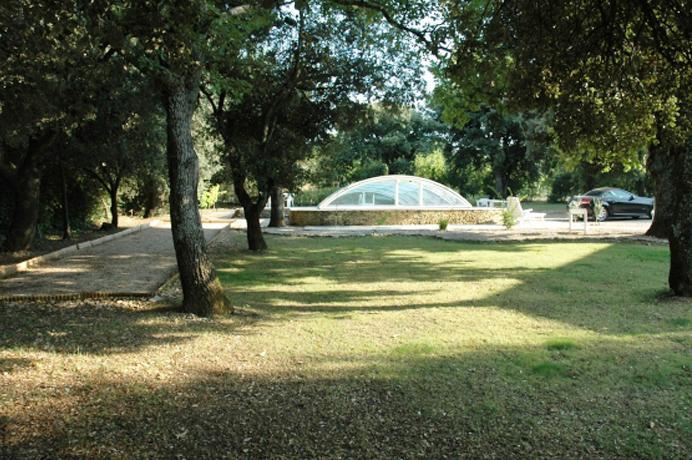 investeren vastgoed Provence, villa kopen met zwembad, poolhouse en zicht op de Mont Ventoux
