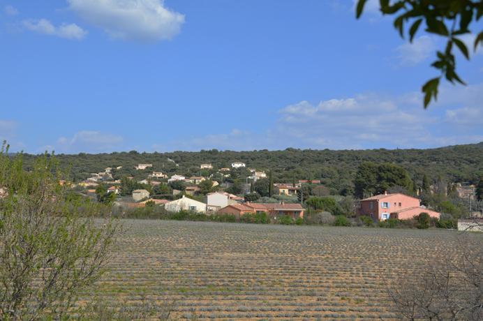 investeren vastgoed Provence, Mont Ventoux, dorpswoning met tuin en mooi uitzicht