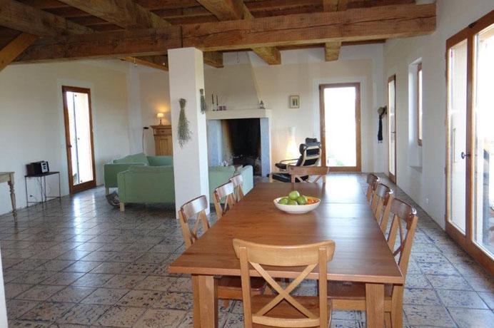 a vendre villa autour les vignes avec piscine et vue sur le Mont Ventoux