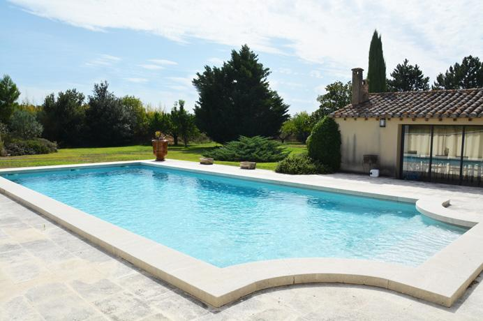 for sale luxury villa with poolhouse, swimming pool en big garden