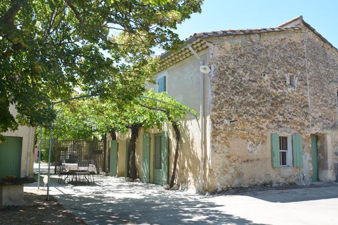 te renoveren huis kopen tussen de wijngaarden in Zuid-Frankrijk, Provence