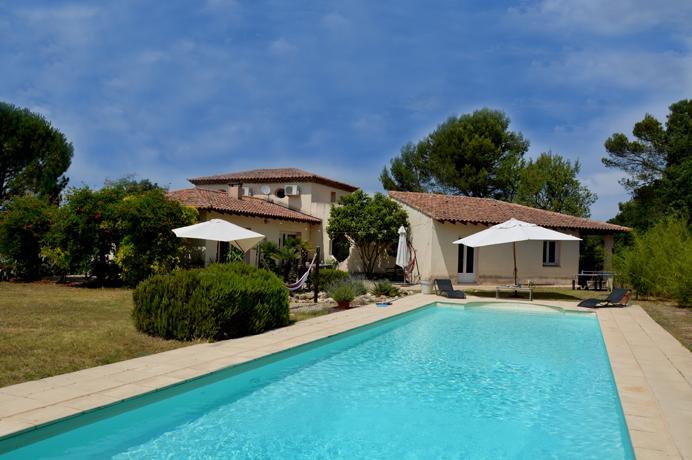 villa met groot zwembad te koop in de Provence chambre d'hôtes starten