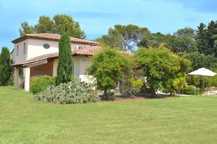 maison d'architecte à vendre à Carpentras Serres