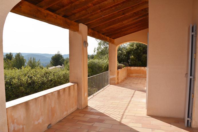 huis kopen met zicht op de Mont Ventoux  in de Provence voor vakantieverhuur in Zuid-Frankrijk