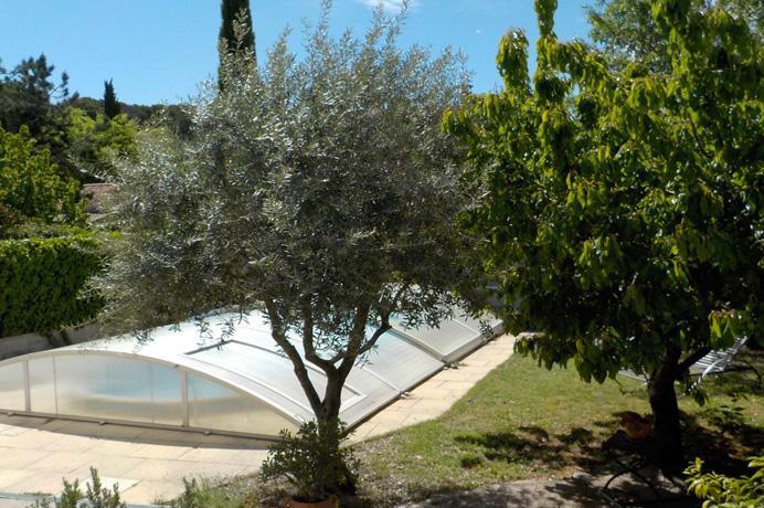 huis met zwembad kopen in de Provence,  met tuin en zwembad en bijgebouw voor gîte