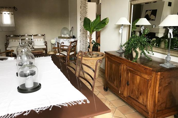 a vendre grande maison avec belle piscine, Vaucluse, Mont Ventoux, Provence